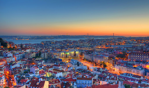 Lisbon: the 4th most beautiful city in the world! Lisboa, a 4ª cidade amis bonita do mundo!