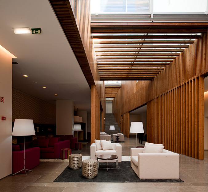 Lobby do Inspira Santa Marta Hotel